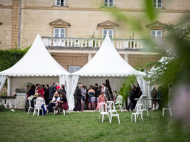 Le mariage de Adrien et Laure à Villié-Morgon, Rhône 65