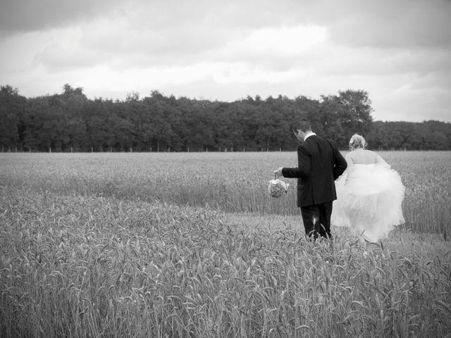 Le mariage de Jean-Noël et Morganne à Noyant-de-Touraine, Indre-et-Loire 8
