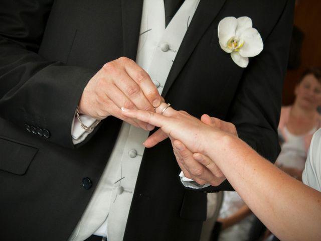 Le mariage de Jean-Noël et Morganne à Noyant-de-Touraine, Indre-et-Loire 20