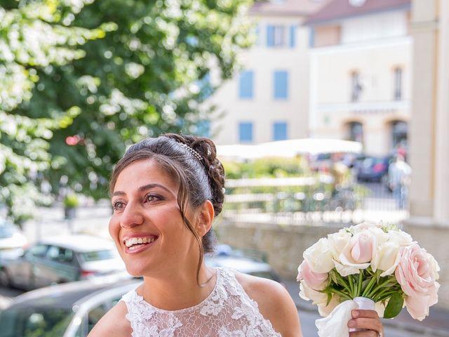 Le mariage de Julien et Sara à Le Coudray-Montceaux, Essonne 8