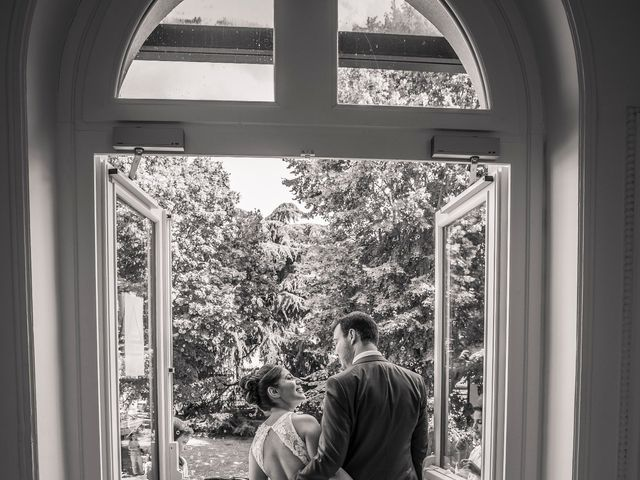 Le mariage de Julien et Sara à Le Coudray-Montceaux, Essonne 10