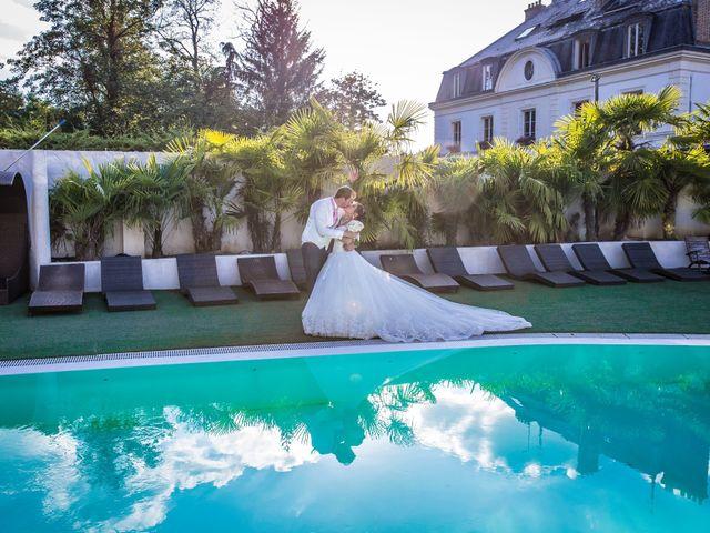 Le mariage de Julien et Sara à Le Coudray-Montceaux, Essonne 51