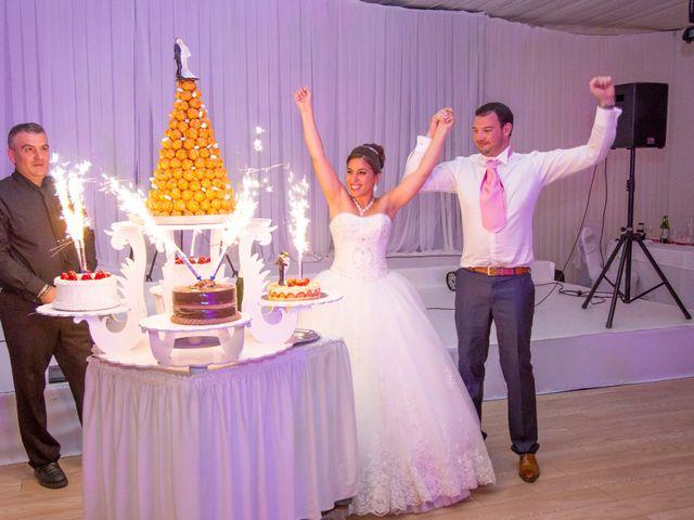 Le mariage de Julien et Sara à Le Coudray-Montceaux, Essonne 61