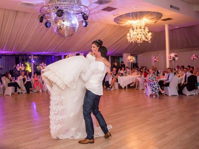 Le mariage de Julien et Sara à Le Coudray-Montceaux, Essonne 64