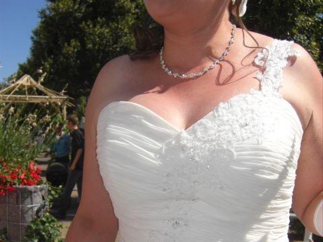 Le mariage de Eric et Corinne à Cosne-Cours-sur-Loire, Nièvre 9