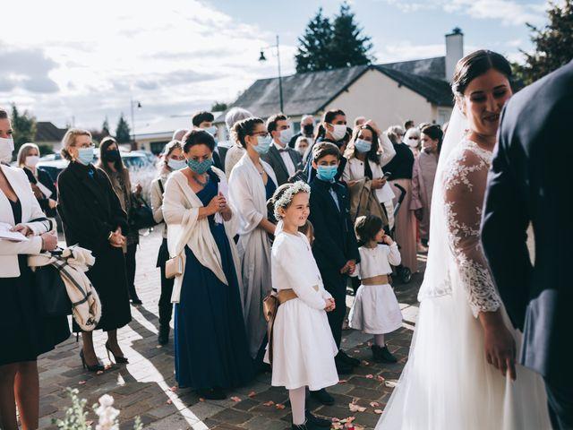 Le mariage de Valentin et Laura à Coudrecieux, Sarthe 18