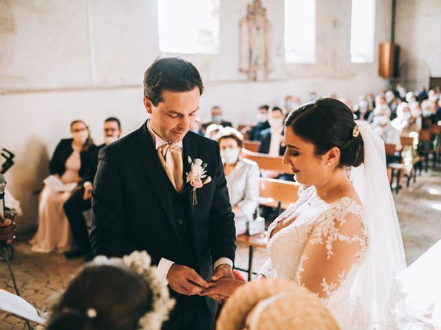 Le mariage de Valentin et Laura à Coudrecieux, Sarthe 25