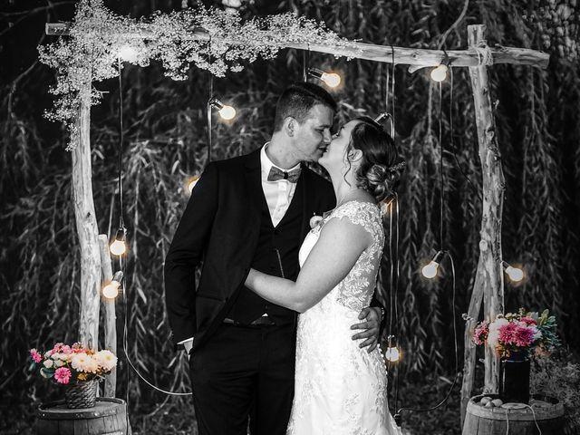 Le mariage de Julien et Amandine à Auchy-les-Mines, Pas-de-Calais 13
