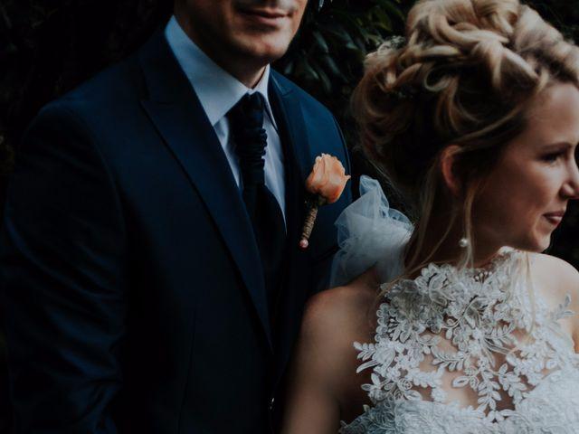 Le mariage de Anthony et Julija à Senouillac, Tarn 44