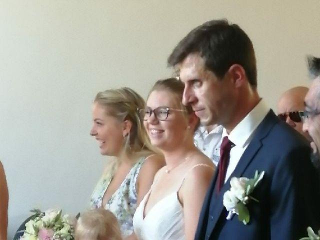 Le mariage de Simon et Élodie  à Sablet, Vaucluse 3