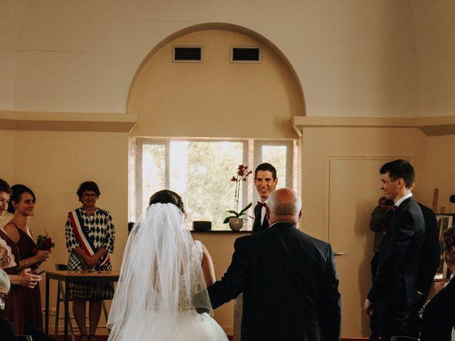 Le mariage de Benjamin et Corinna à Chauvigné, Ille et Vilaine 16