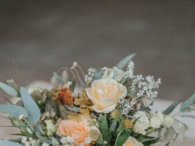 Le mariage de Michaël et Laetitia à Eyguières, Bouches-du-Rhône 3