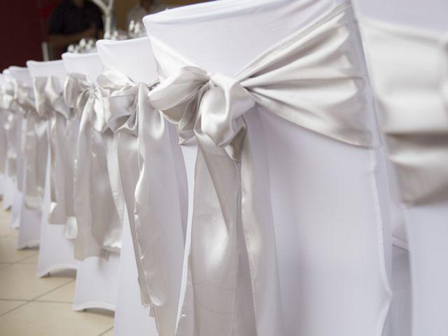 Le mariage de Adrien et Sandra à Serley, Saône et Loire 23
