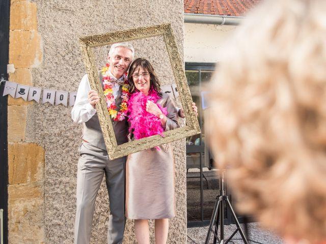 Le mariage de Jean-Louis et Léa à Roanne, Loire 36