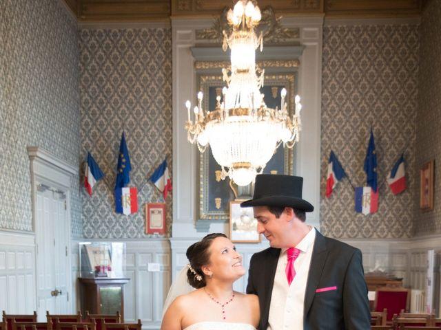 Le mariage de Romain et Stéphanie à Grand-Rozoy, Aisne 56