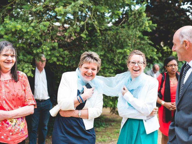 Le mariage de Romain et Stéphanie à Grand-Rozoy, Aisne 72