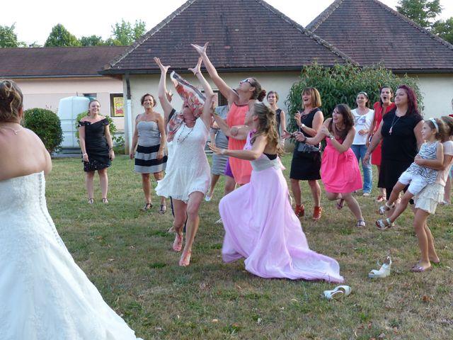 Le mariage de Emilie et Thomas à Lons-le-Saunier, Jura 4