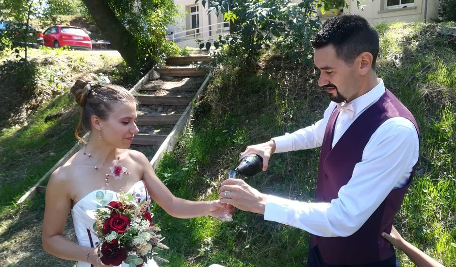 Le mariage de Bernard et Julie à Clermont-l'Hérault, Hérault