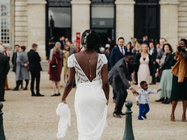 Le mariage de Pierre-Luc et Fifatin à Tour-en-Bessin, Calvados 1