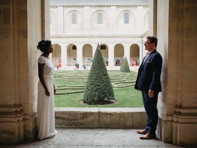 Le mariage de Pierre-Luc et Fifatin à Tour-en-Bessin, Calvados 5