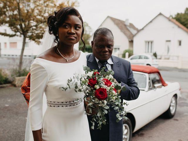 Le mariage de Pierre-Luc et Fifatin à Tour-en-Bessin, Calvados 6