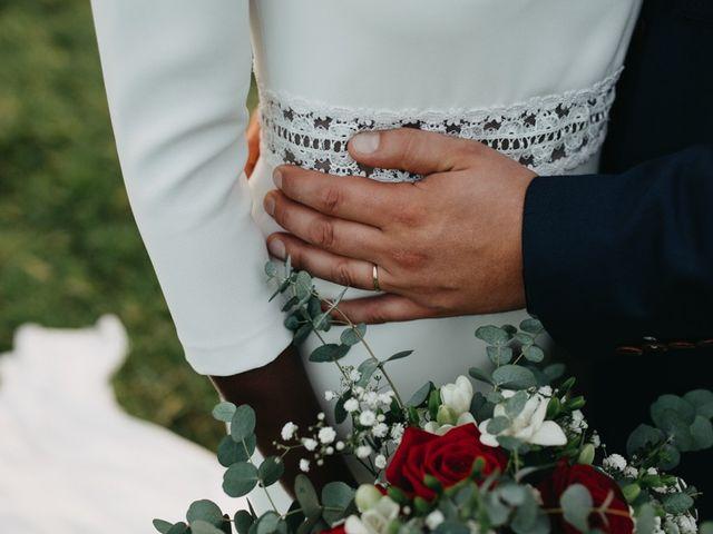 Le mariage de Pierre-Luc et Fifatin à Tour-en-Bessin, Calvados 8