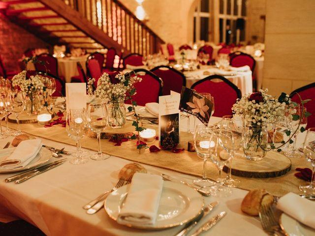 Le mariage de Pierre-Luc et Fifatin à Tour-en-Bessin, Calvados 10