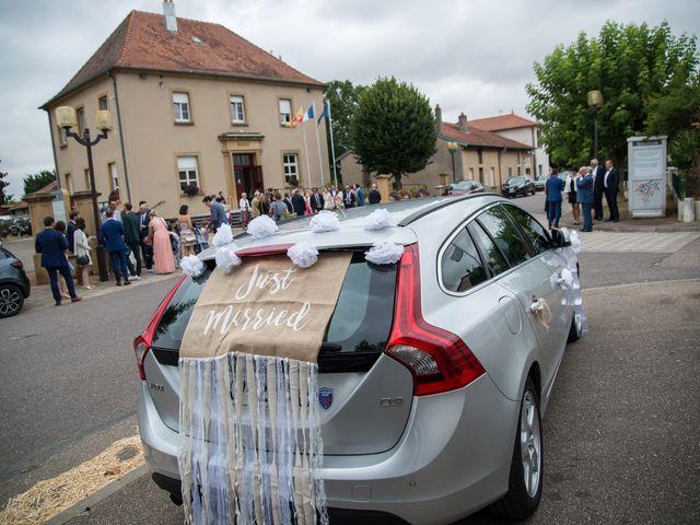 Le mariage de Romain et Cassandre à Fleury, Moselle 10