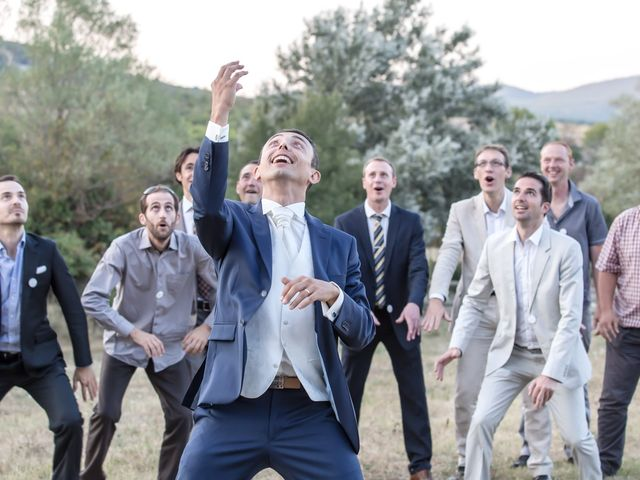 Le mariage de Julien et Christèle à Simiane-la-Rotonde, Alpes-de-Haute-Provence 43