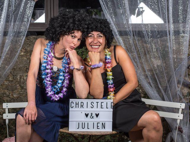 Le mariage de Julien et Christèle à Simiane-la-Rotonde, Alpes-de-Haute-Provence 50