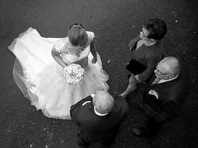 Le mariage de Matthieu et Sophie à Fontanès, Loire 32