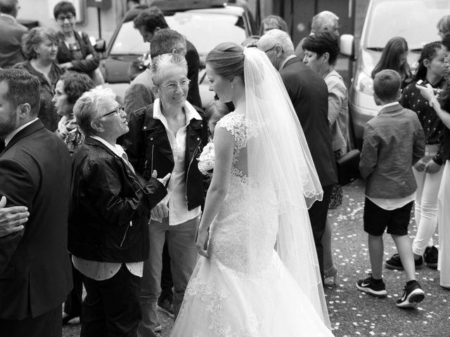 Le mariage de Matthieu et Sophie à Fontanès, Loire 66