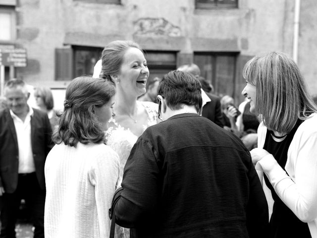 Le mariage de Matthieu et Sophie à Fontanès, Loire 68