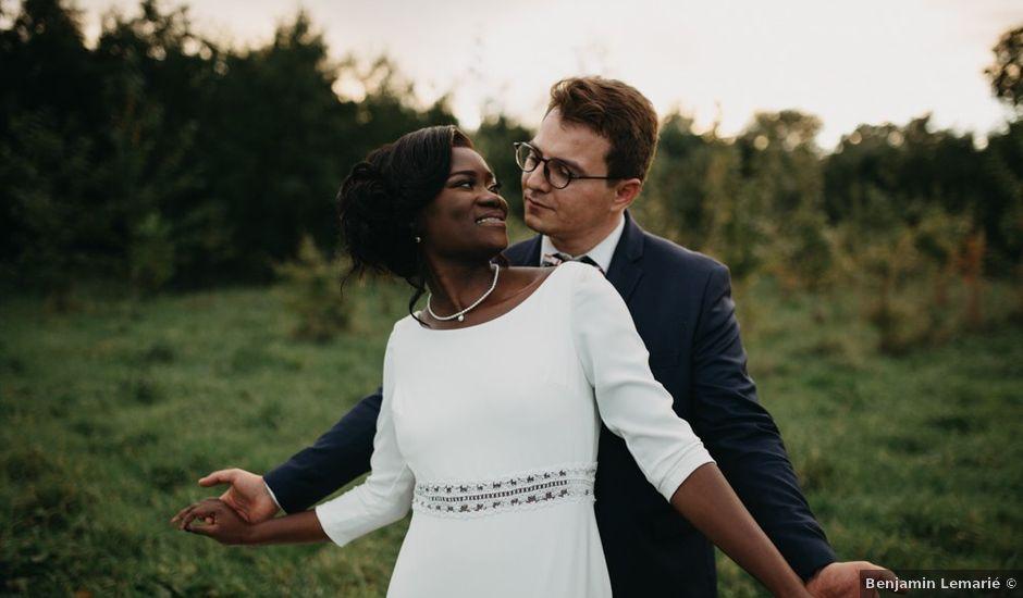 Le mariage de Pierre-Luc et Fifatin à Tour-en-Bessin, Calvados