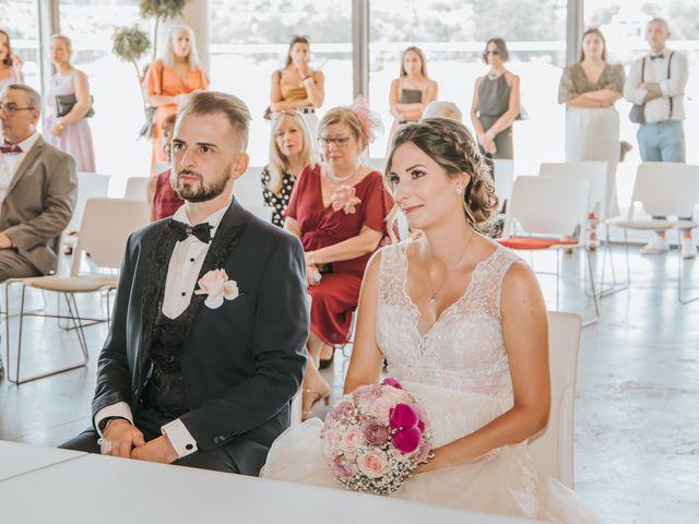 Le mariage de Anthony et Mathilde à Istres, Bouches-du-Rhône 7