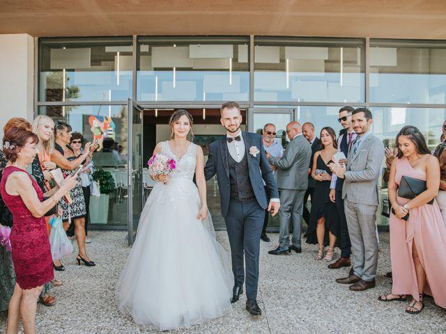 Le mariage de Anthony et Mathilde à Istres, Bouches-du-Rhône 8
