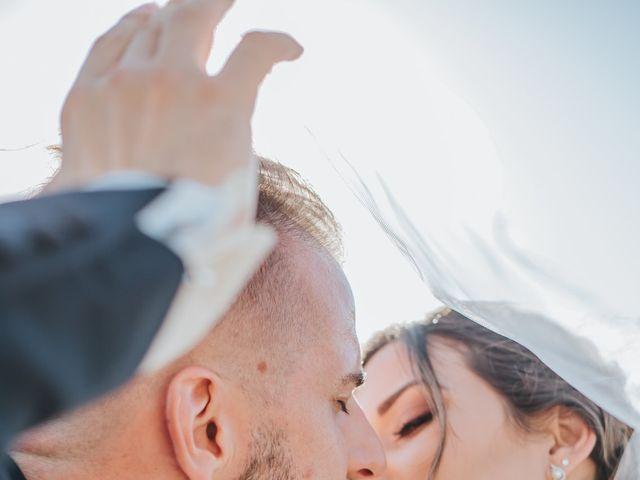 Le mariage de Anthony et Mathilde à Istres, Bouches-du-Rhône 13