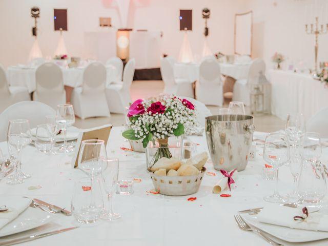 Le mariage de Anthony et Mathilde à Istres, Bouches-du-Rhône 18