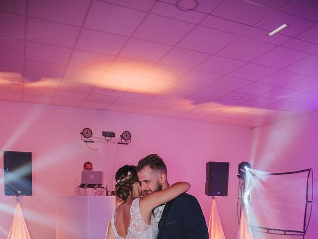 Le mariage de Anthony et Mathilde à Istres, Bouches-du-Rhône 25