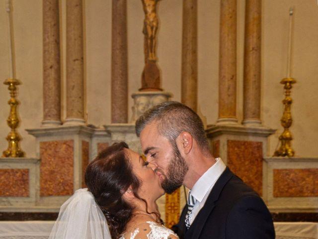 Le mariage de Olivier et Cindy à Rognac, Bouches-du-Rhône 13