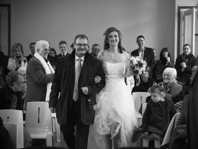 Le mariage de Florian et Priscilla à Pont-de-Pany, Côte d'Or 10