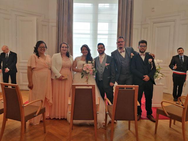 Le mariage de Julien et Hanna  à Bourges, Cher 15