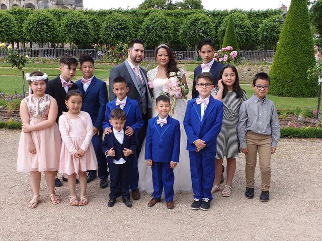 Le mariage de Julien et Hanna  à Bourges, Cher 16