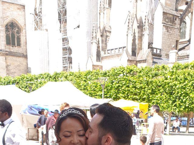 Le mariage de Julien et Hanna  à Bourges, Cher 19