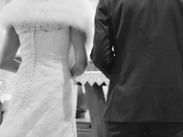 Le mariage de Lucien et Amélie à Lusignan, Vienne 11
