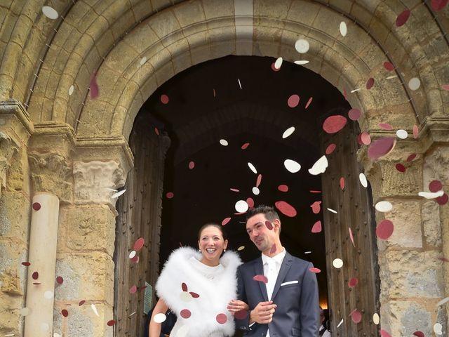 Le mariage de Lucien et Amélie à Lusignan, Vienne 12