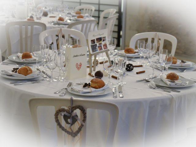 Le mariage de Lucien et Amélie à Lusignan, Vienne 15