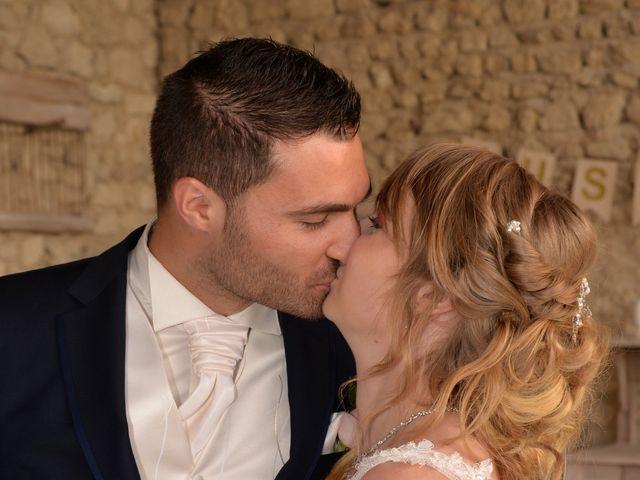 Le mariage de Haley et Thomas à Grignan, Drôme 4