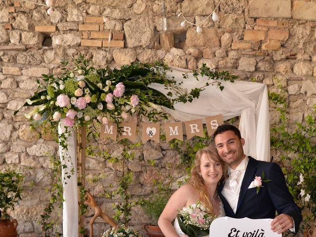 Le mariage de Haley et Thomas à Grignan, Drôme 5