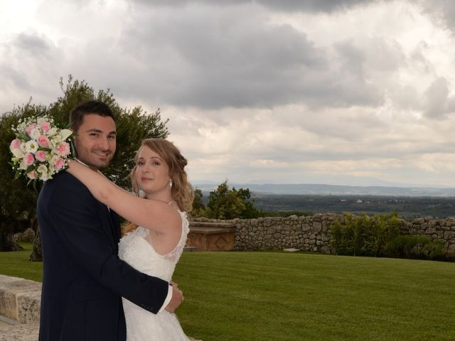 Le mariage de Haley et Thomas à Grignan, Drôme 9